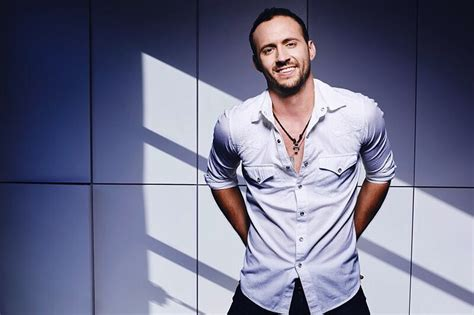 [click]love On Your Body  Lyric Video  Drew Baldridge.