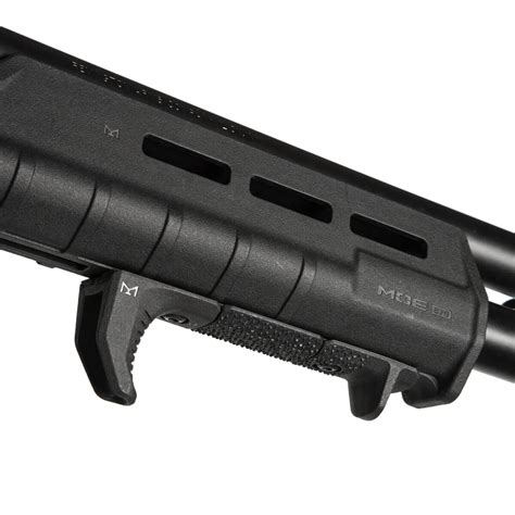 Moe  M-Lok  Forend   Remington  870 - Magpul Industries.