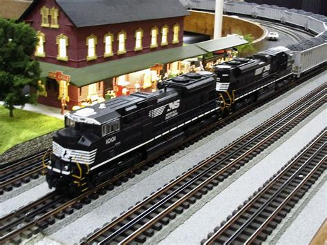 [click]model Railroads  Model Trains  Ebook.