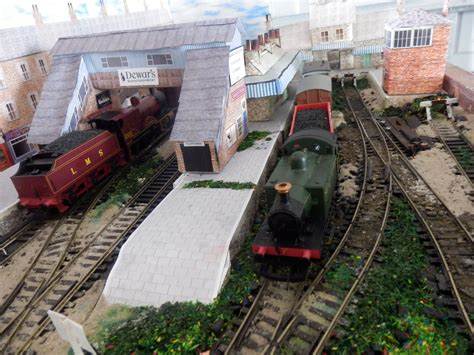 [click]model Train Layout Ideas Tips  Answers  Model Railway .