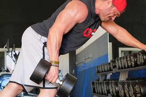 No More Bulking! How To Build Lean Muscle Mass : Critical Bench.