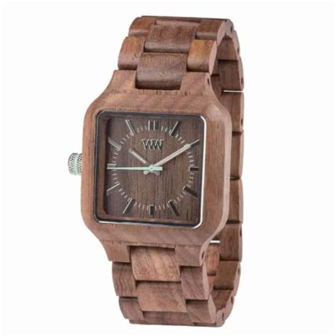 Nine Stylish Wood Watches We Want To Wear Right Now - Eluxe.
