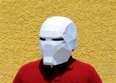 [pdf] Paper Iron Man Helmet Instructions.