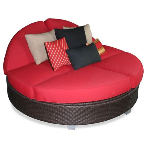 Patio Heaven Signature Round Double Chaise  - People Com.