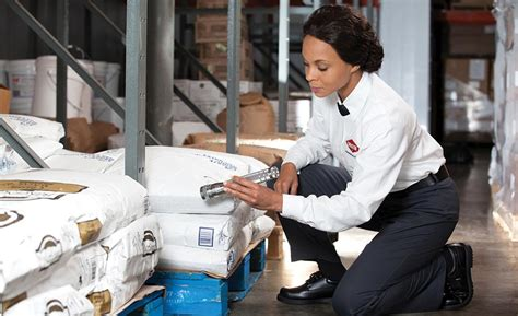 Pest Control - Canadian Food Inspection Agency.
