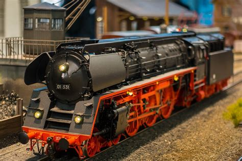 [click]planning A Model Train Layout  Hobbylark.