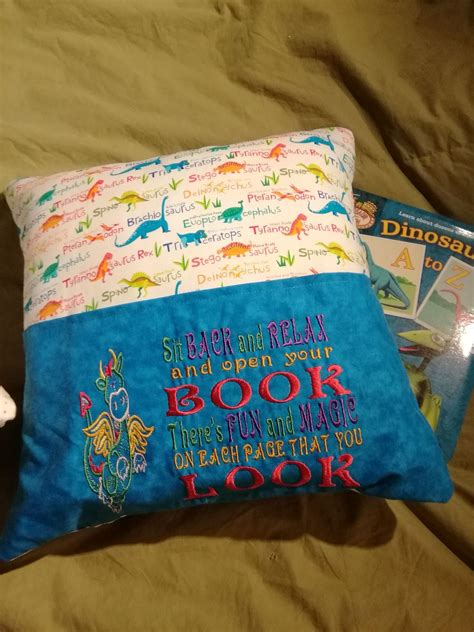 [pdf] Reading Pillow Instructions By Pamela Hunt.