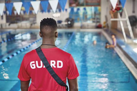 [pdf] Swim Lessons   Lifeguarding   Fitness   Training.
