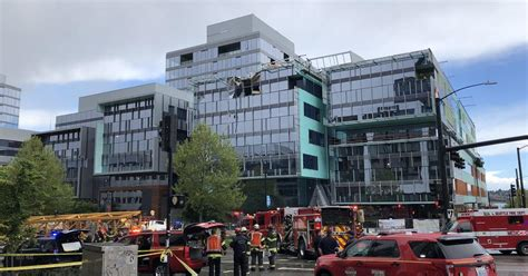 Seattle Crane Collapse: At Least 4 Dead When Crane Falls And Crushes.
