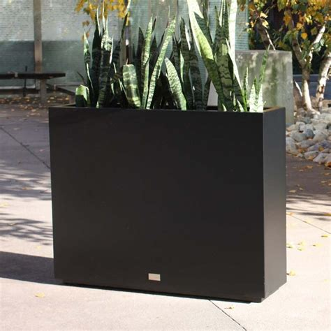 Surprise 15 Off Metallic Series Span Planter Black Large.