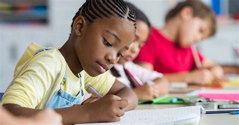 [pdf] Teaching Elementary School Students To Be Effective Writers.