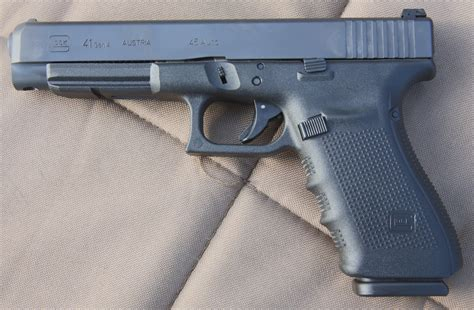 Technical Review Of The Glock 41 - Full30.
