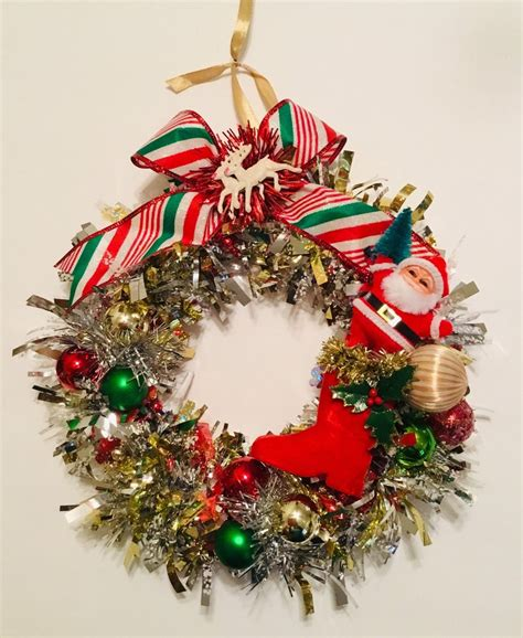 Vintage 9 Handmade Gold Tinsel Christmas Wreath W .