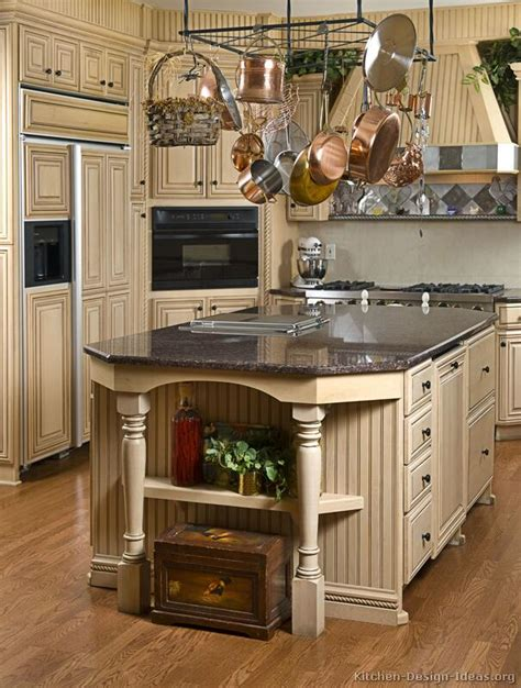 Vintage Kitchen Cabinet Design