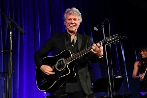 Watch: Jon Bon Jovi Becomes A Doctor Of Music - Loudwire.