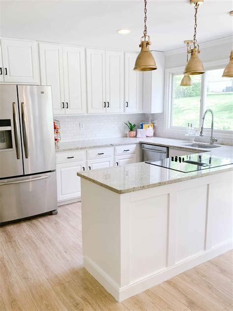 White Kitchen Cabinets Paint