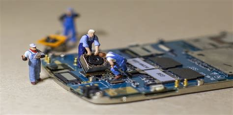 Why Cant We Fix Our Own Electronic Devices? - The Conversation.