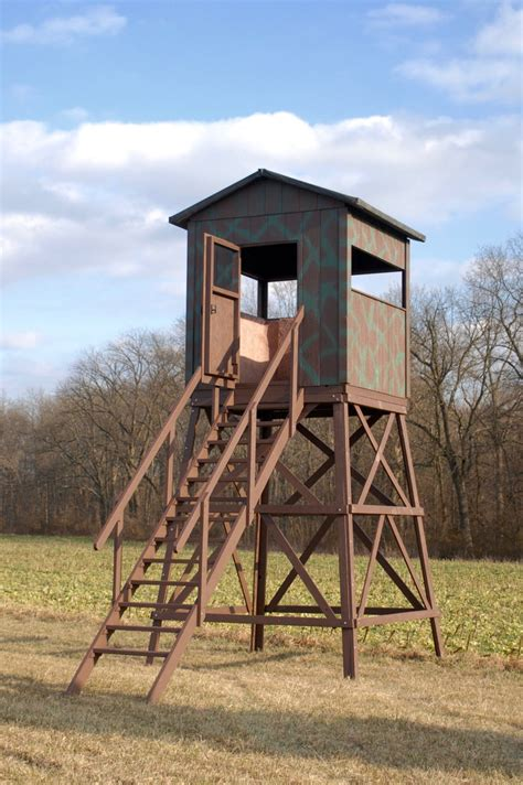 Wood Hunting Blinds