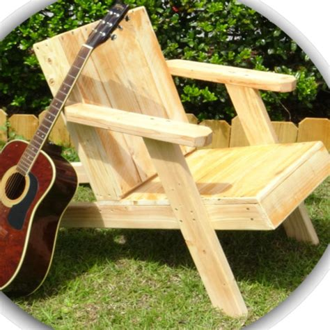 Adirondack Chairs Describe