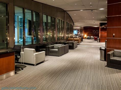 Credit Card Access To Admirals Club Admirals Club Clubs American Airlines