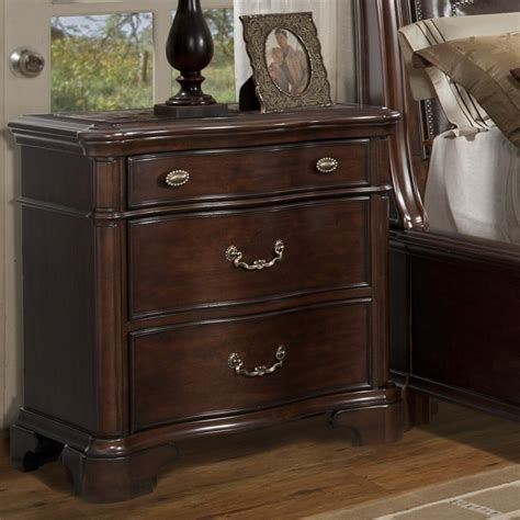 Alanya 3 Drawer Nightstand