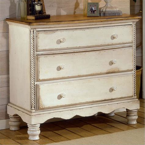 Aldrich 3 Drawer Chest