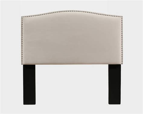 Almodovar Upholstered Panel Headboard and Tufted Bench
