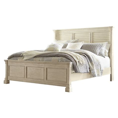 Alsace Traditional Panel Bed by Lark Manor