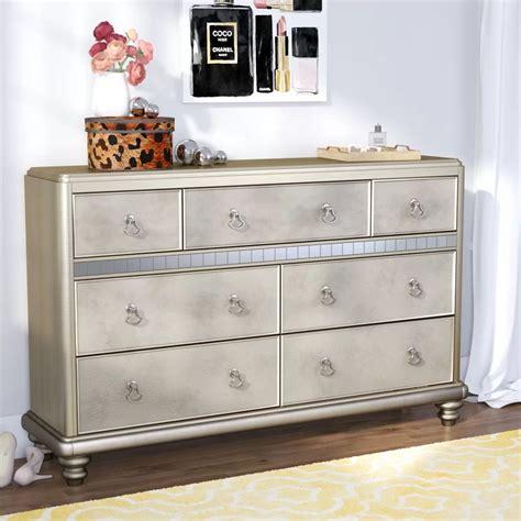 Annunziata 7 Drawer Dresser byWilla Arlo Interiors