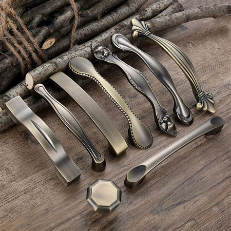 Antique Knobs And Handles