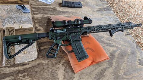Gun-Builder Ar15 Gun Builder.