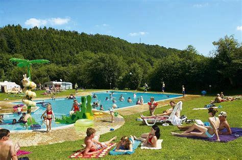 Ardennen Met Zwembad