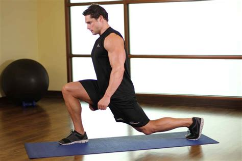 assisted kneeling hip flexor stretch muscles around hip joint