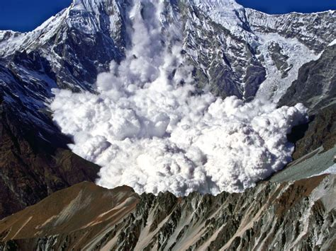 Avalanche National Geographic Society.