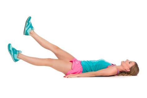 back of hip snapping symptoms