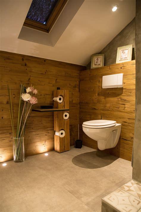 Badeinrichtung Altholz