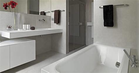 Badkamer Grondig Schoonmaken