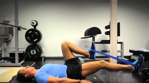 band stretches for glutes hip flexors