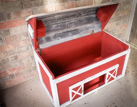 barn wood toy chest