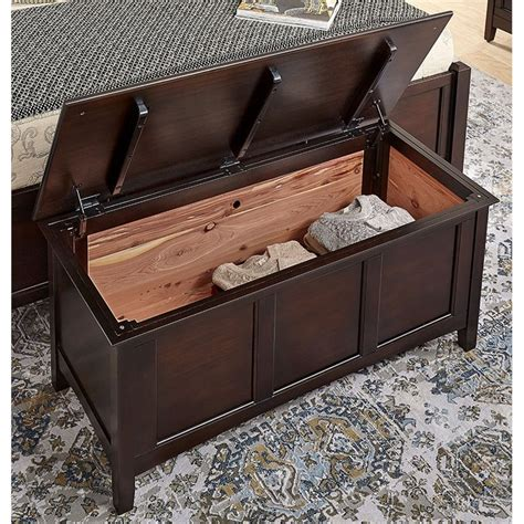 Barstow Cedar-Lined Blanket Trunk