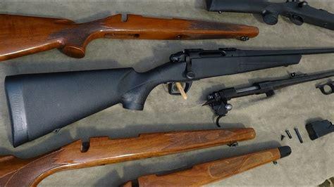 Benelli Benelli R1 Vs Remington 700.