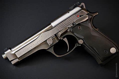 Beretta Beretta 92 Millennium.