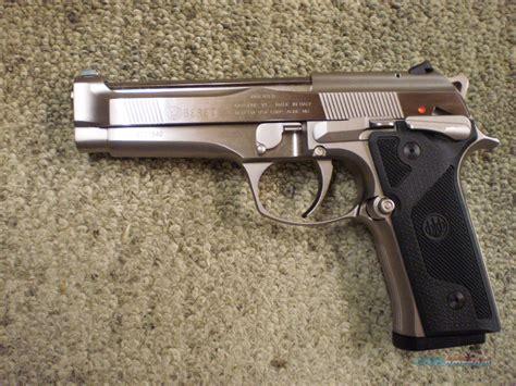 Beretta Beretta 92 Steel.