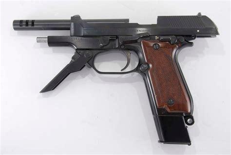 Beretta Beretta Machine Pistol.