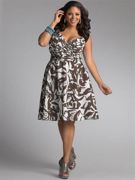 Best Dress Designs For Full Figure Misses
