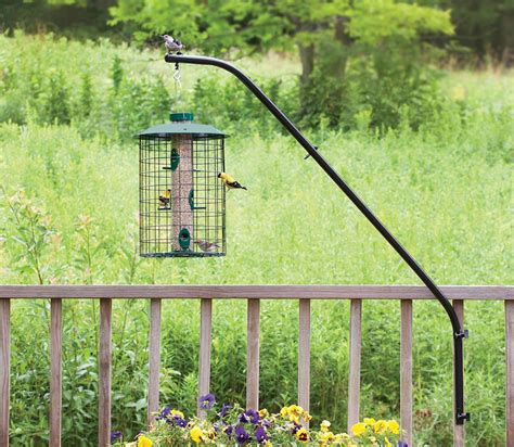 bird feeder holders for the deck
