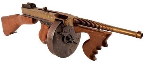 Tommy-Gun Blank Firing Tommy Gun.
