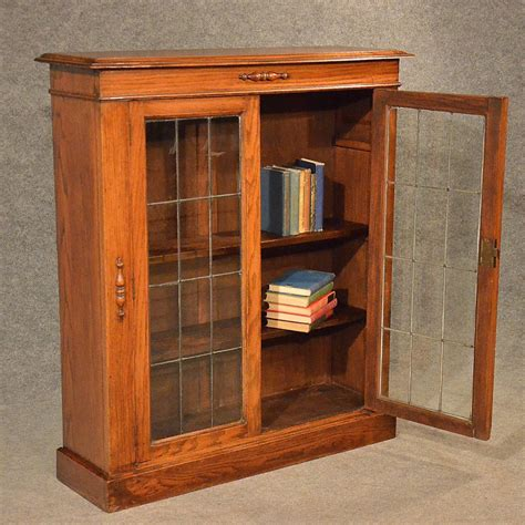 bookshelf display case