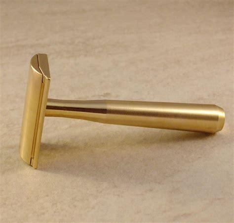 Brass Brass General Razor.