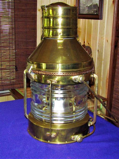 Brass Brass Ship Lamp Antique.